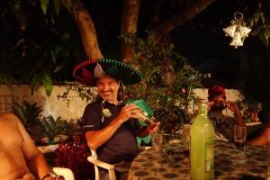 Ein Freund der Gastgeber, er trank nur Tequila