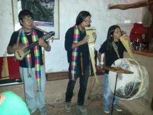 Am Abend wurden wir mit peruanischer Musik während dem Essen verwöhnt